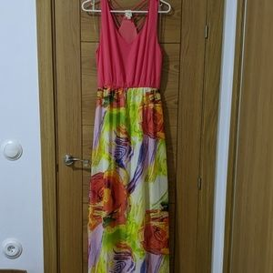 Maxi dress. New without tags.
